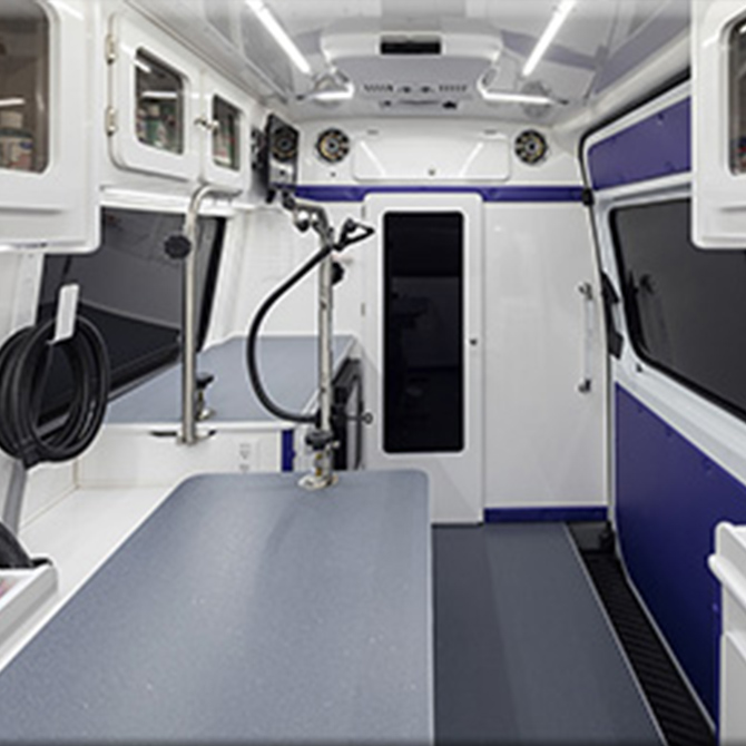 Barks and Recreation - Mobile Dog Grooming Van